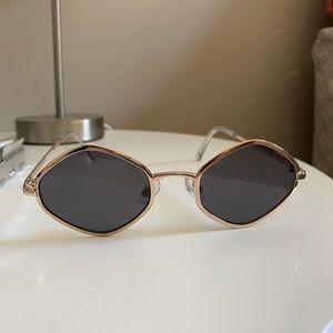 Jewelry - Sunglasses